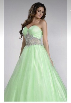 Queenly size 12  Green Ball gown evening gown/formal dress