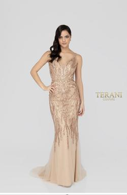 Terani Couture Nude Size 4 Jewelled Cocktail Mermaid Dress on Queenly