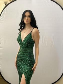 Cat Walk Couture Green Size 6 Prom Pageant Side slit Dress on Queenly