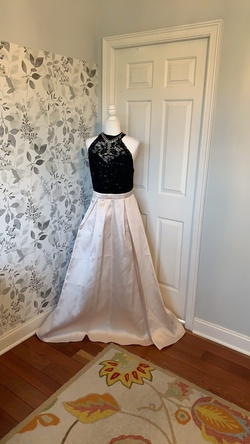 Queenly size 22  Gold Ball gown evening gown/formal dress