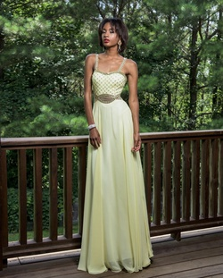 Queenly size 8  Yellow A-line evening gown/formal dress