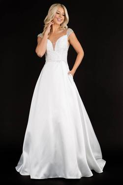 Style 2300 Nina Canacci White Size 8 Sweetheart Tall Height Lace A-line Dress on Queenly
