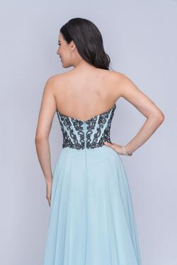 Style 3140 Nina Canacci Light Blue Size 14 Plus Size Prom A-line Dress on Queenly