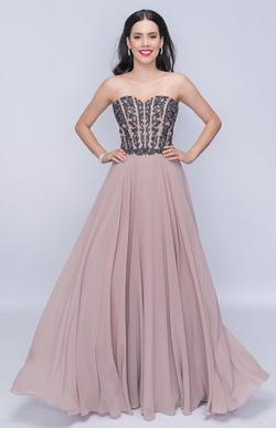 Style 3140 Nina Canacci Nude Size 12 Plus Size Prom Strapless A-line Dress on Queenly