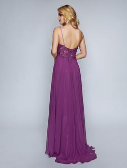 Style 3153 Nina Canacci Purple Size 8 Prom Straight Dress on Queenly
