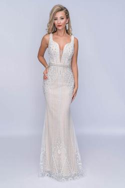 Style 8158 Nina Canacci White Size 2 Nude Tall Height Mermaid Dress on Queenly