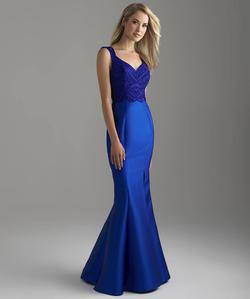 Madison James Blue Size 4 Prom Mermaid Dress on Queenly