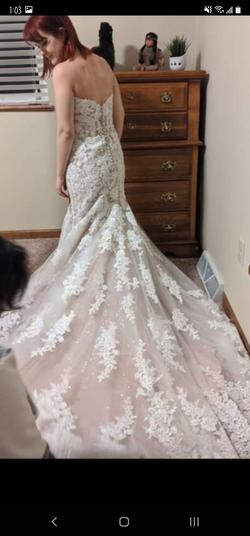 Mori Lee  White Size 8 Sweetheart Train Lace Mermaid Dress on Queenly
