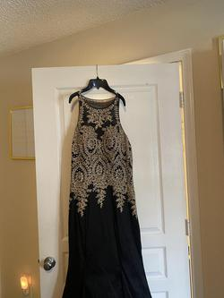 Mori Lee Black Size 14 Train Mermaid Dress on Queenly