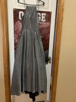 Betsy and Adam Silver Size 4 Grey Straight Dress on Queenly
