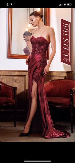 Divine Red Size 4 Prom Mermaid Dress on Queenly