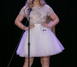 Sherri Hill White Size 4 Graduation Cocktail Dress on Queenly