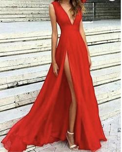 Red Size 4 Side slit Dress on Queenly