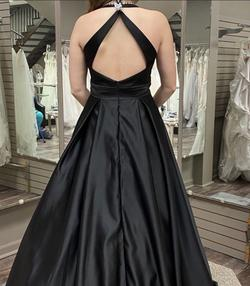 Black Size 2 Ball gown on Queenly