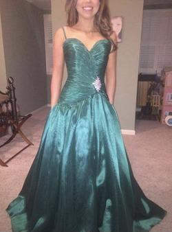 Jovani Green Size 6 Jewelled Ball gown on Queenly