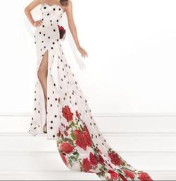 Style 92776-POLKA Tarik Ediz Multicolor Size 4 Prom Side slit Dress on Queenly