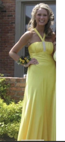 Jessica McClintock Yellow Size 6 Straight Dress on Queenly