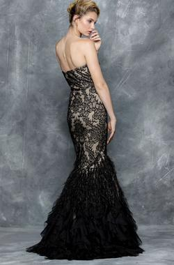 Colors Black Size 2 Mermaid Dress on Queenly