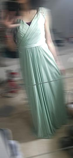 David's Bridal Green Size 0 Party Straight Dress on Queenly