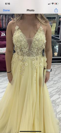 Mac Duggal Yellow Size 6 A-line Dress on Queenly