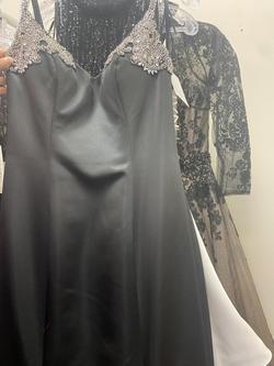 Angela & Alison Black Size 8 Mermaid Dress on Queenly