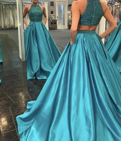 Sherri Hill Blue Size 6 Ball gown on Queenly