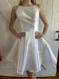 Alyce Paris White Size 00 Graduation Sorority Formal A-line Dress on Queenly