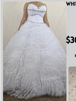 Mari Lee White Size 4 Wedding Quinceanera Short Height Ball gown on Queenly