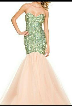 Nox Multicolor Size 10 Strapless Mermaid Dress on Queenly