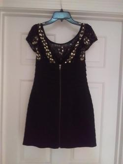 Sherri Hill Black Size 6 Cocktail Dress on Queenly