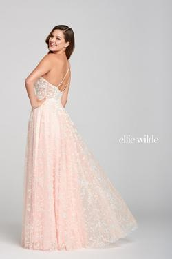 Style EW121030 Ellie Wilde Pink Size 0 One Shoulder Prom Side slit Dress on Queenly