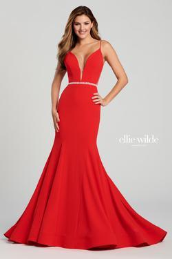 Style EW120083 Ellie Wilde Red Size 8 Mermaid Dress on Queenly