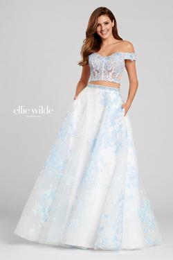 Style EW120065 Ellie Wilde Blue Size 6 Prom Two Piece Ball gown on Queenly