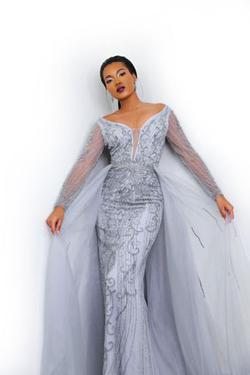 Ramaa Haute Couture  Silver Size 0 Tall Height Mermaid Dress on Queenly