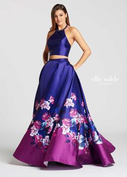 Style EW118001 Ellie Wilde Purple Size 00 Two Piece Floral Ball gown on Queenly