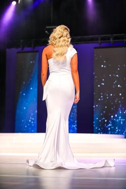 Fernando Wong White Size 2 Pageant Cut Out Mermaid Dress on Queenly