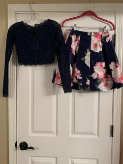 B.Darlin Multicolor Size 2 Sleeves Floral Cocktail Dress on Queenly
