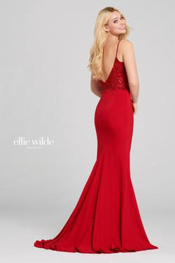 Style EW120038 Ellie Wilde Red Size 8 Embroidery Side slit Dress on Queenly