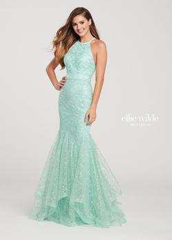Style EW119101 Ellie Wilde Green Size 4 Mermaid Dress on Queenly