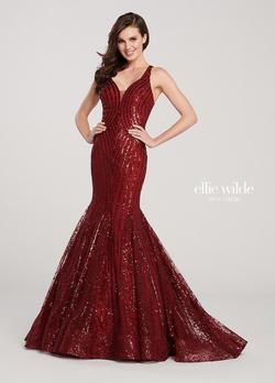 Style EW119025 Ellie Wilde Red Size 00 Jewelled Mermaid Dress on Queenly