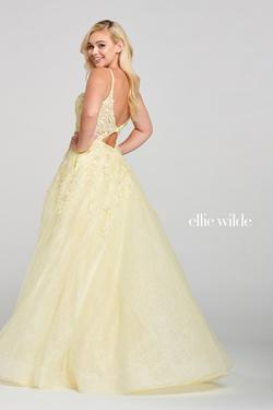 Style EW121062 Ellie Wilde Yellow Size 6 Prom Ball gown on Queenly