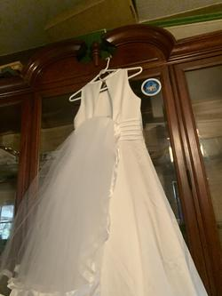 White Size 14 Train Dress on Queenly