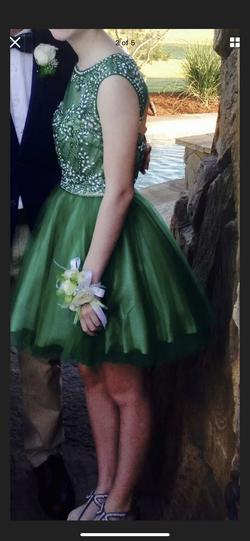 Green Size 4 Ball gown on Queenly