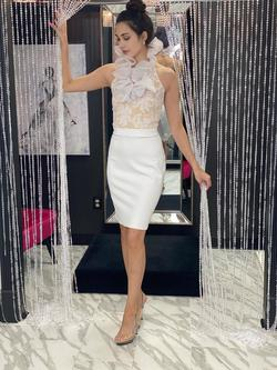 Style 4619 Fernando Wong White Size 6 Interview Custom Cocktail Dress on Queenly