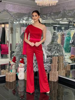 Style 2368 Fernando Wong Red Size 6 One Shoulder Jumpsuit Dress on Queenly