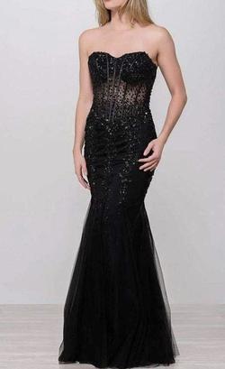 Jovani Black Size 00 Mermaid Dress on Queenly