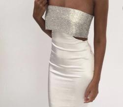 Meshiki White Size 00 Silk Cut Out Homecoming Cocktail Dress on Queenly