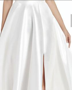 Alyce Paris White Size 8 Prom Side Slit Pageant Ball gown on Queenly