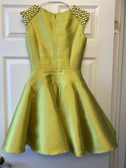 MacDuggal Yellow Size 0 Cocktail A-line Dress on Queenly