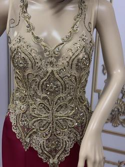LarissaCoutureLV Gold Size 4 Tall Height Mermaid Dress on Queenly